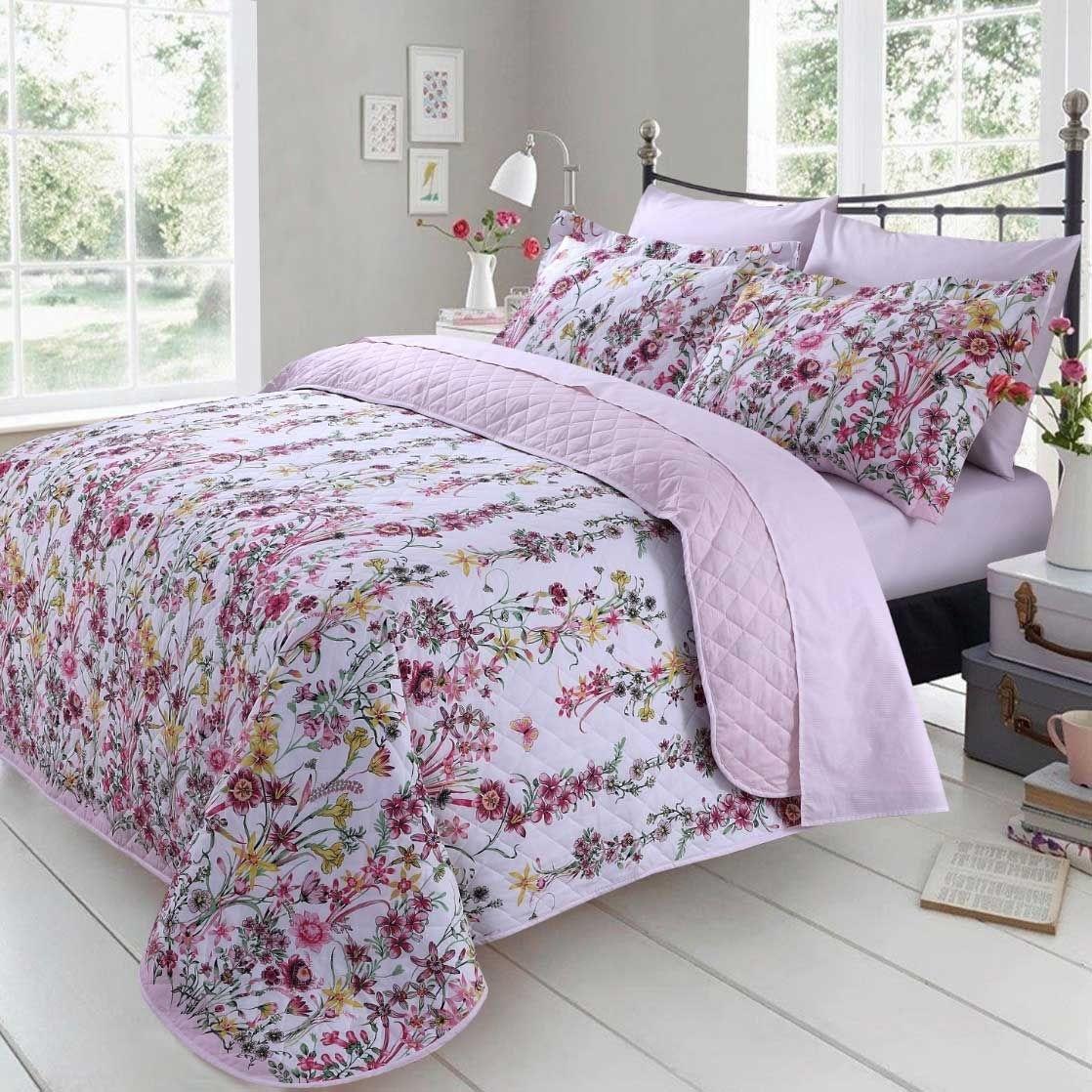 Bedspread & Blankets