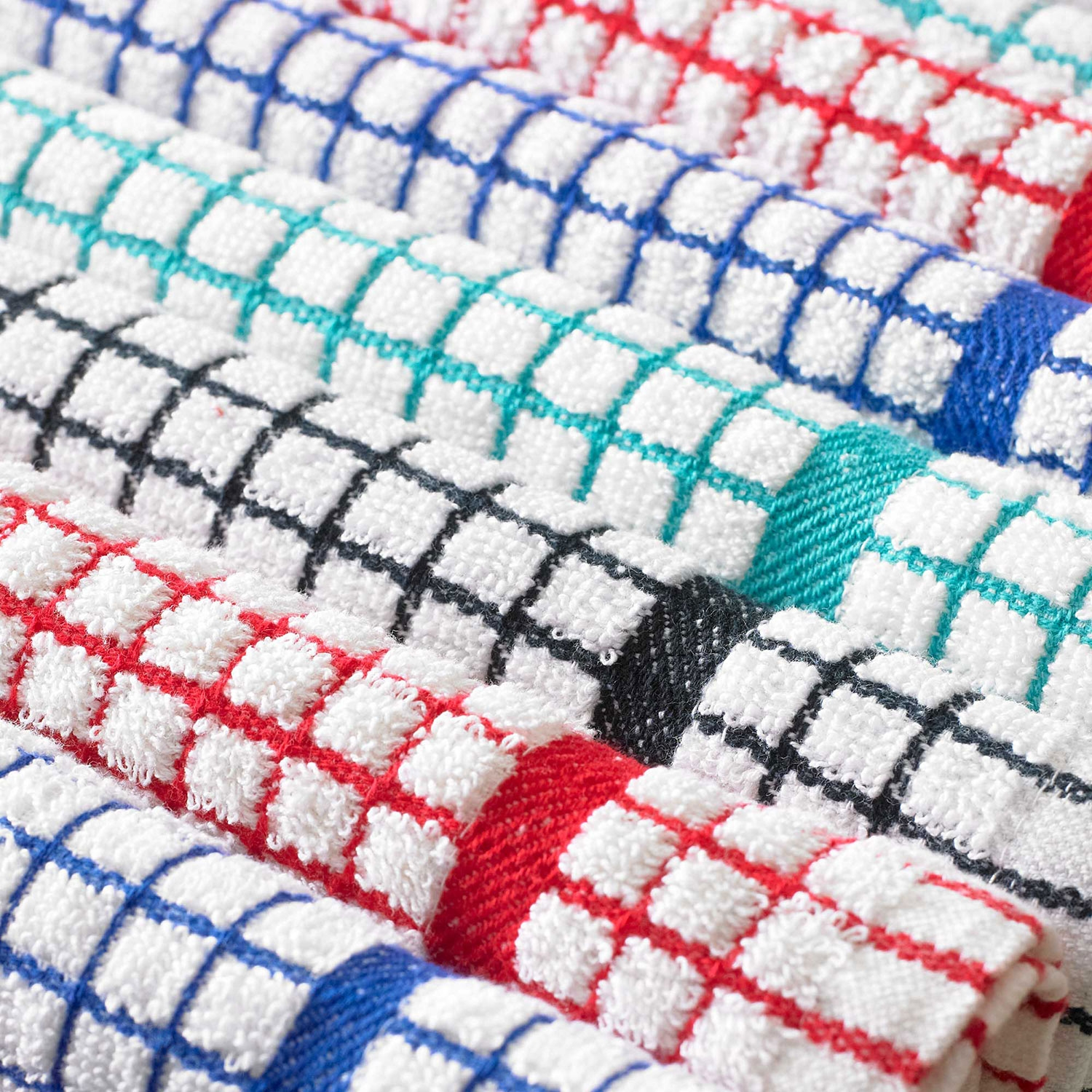 Kitchen-towel-close-up_1.jpg