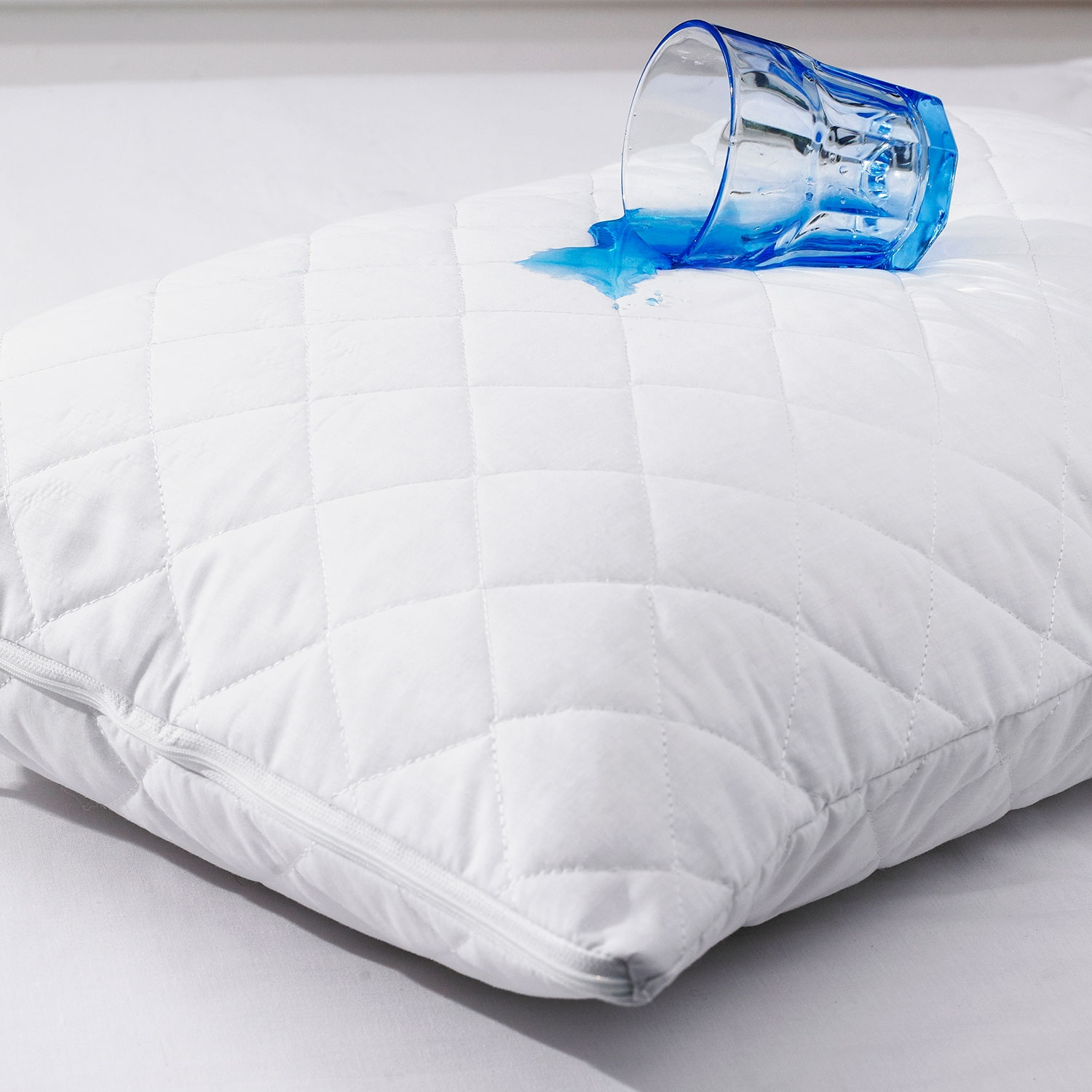 Quilted-Pillow-protector-waterproof-_2_.jpg
