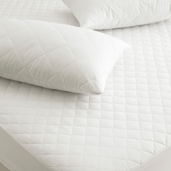 Quilted_mattress_protectors-_Resized.jpg
