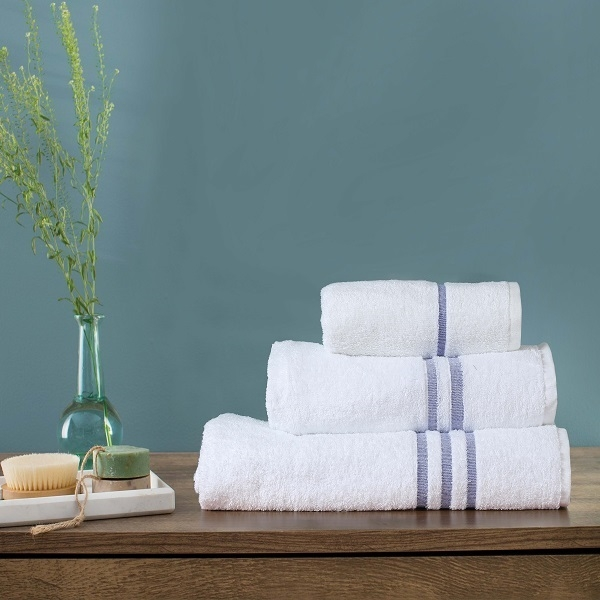 Blue river 425 Gsm  Towels