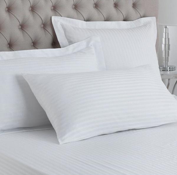 T_250_stripe_pillow_cases_white_resized.jpg