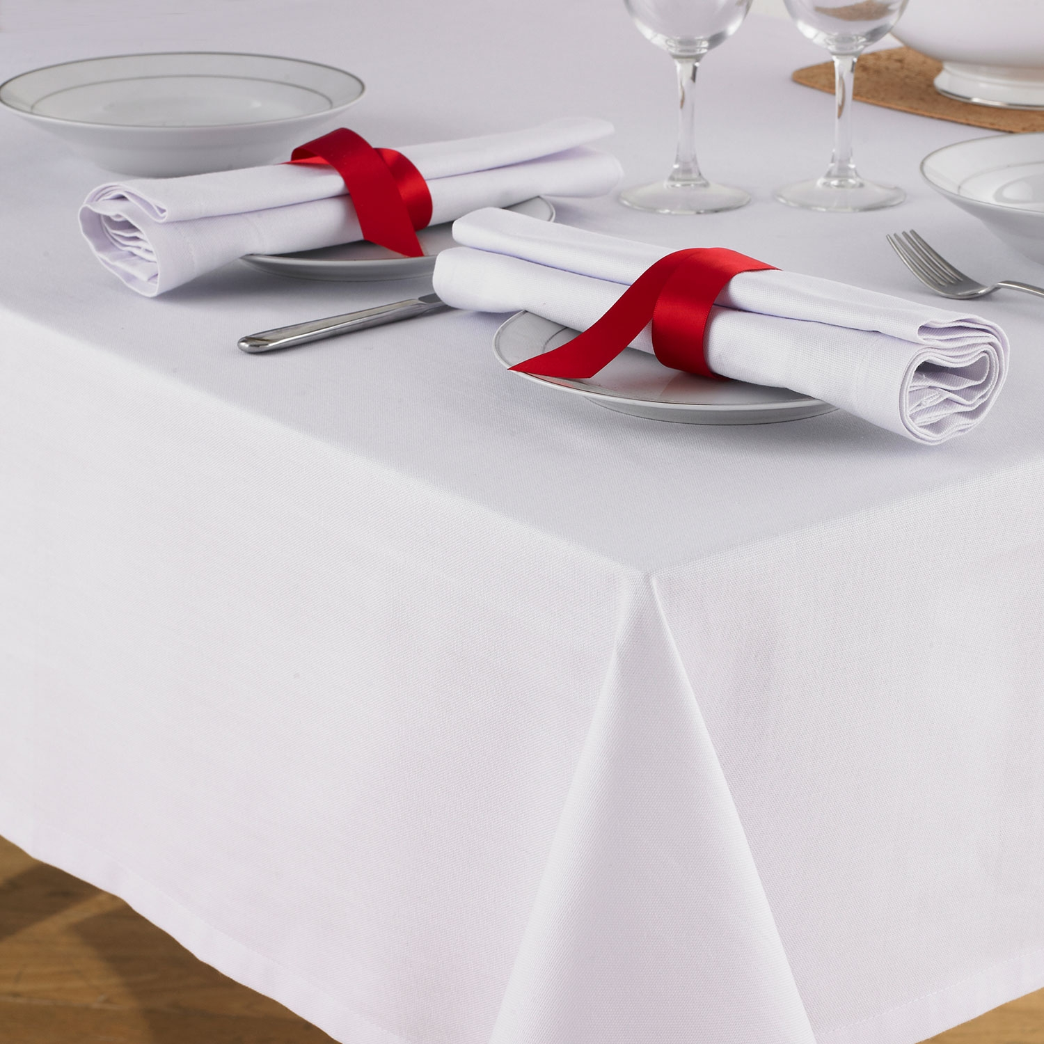 Table-cover_1.jpg