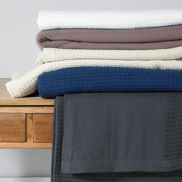 Blankets/Throws